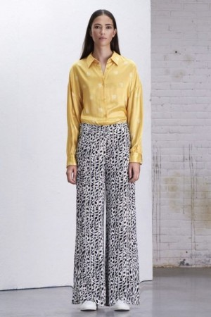 Alix The Label sorthvit 'Striped Leopard' viddebukse